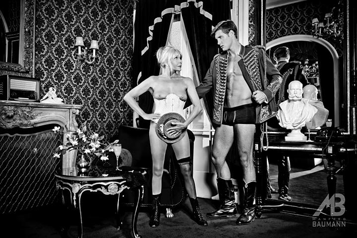 Manfred Baumann: Aktfotos mit der 70 jährigen Christine Schuberth