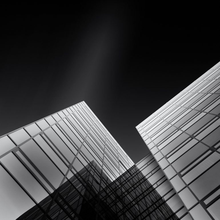 Fine Art Architekturfotografie in Schwarz-Weiß mit Langzeitbelichtung